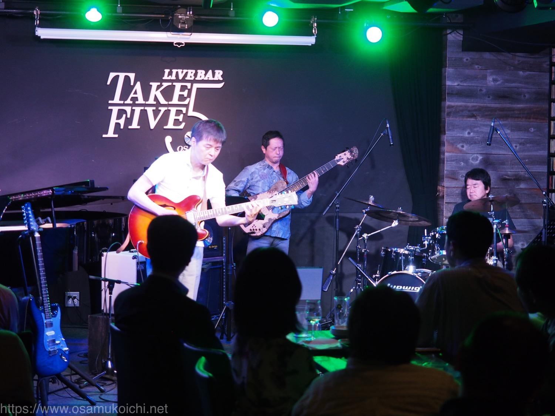 【ライブレポート】VALIS Quattro Live@Osaka Take Five(20190528)ダイジェスト版 布川俊樹(g) 古川初穂(p) 納浩一(b) 木村万作(ds)